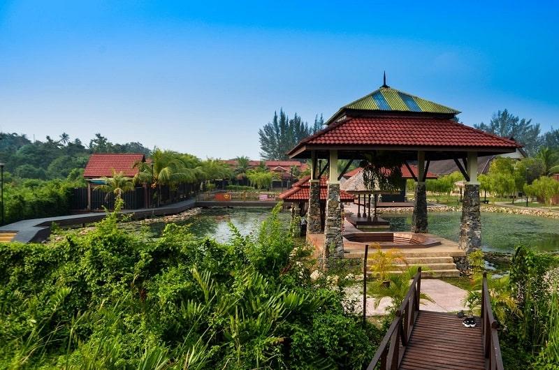территория комплекса Ayer Hangat Village