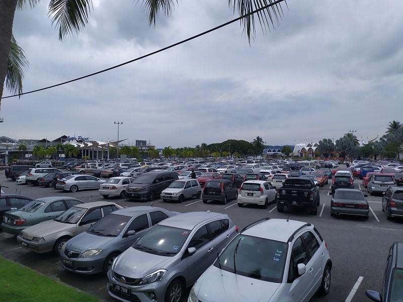 парковка в порту Куах