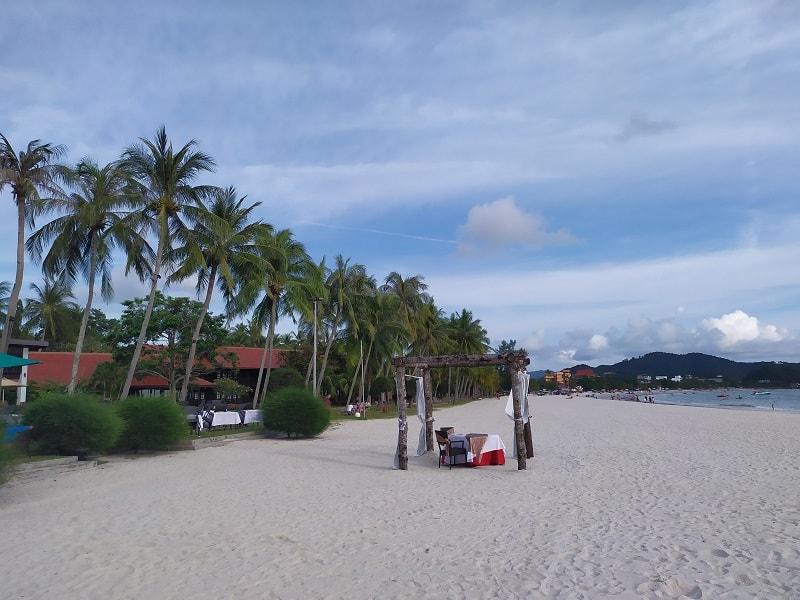 pantai chenang лучший пляж лангкави