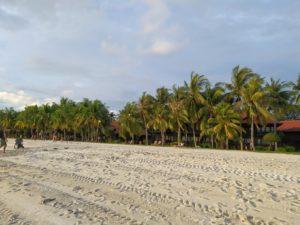 пляж ченанг на Лангкави