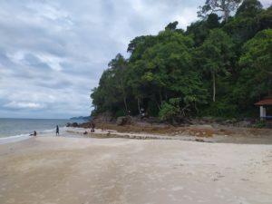 рыбалка на лангкави с берега